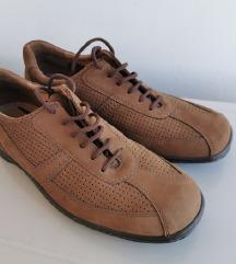 Kožne cipele na vezanje