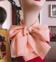 Nježno rozna marama
