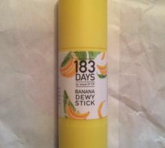 Novi Banana Dewy stick highlighter