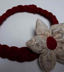 Traka za kosu cvijet