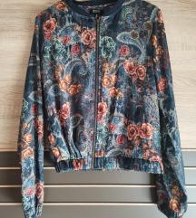 Bershka proljetna jakna