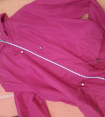 69kn s poštarinom.. Nova roza jakna 44/46