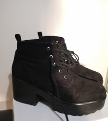 Crne cipele s platformom