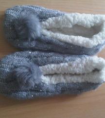 Nove tople mekane protuklizne papuče