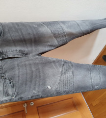 ❗% 100 kn %❗ Zara nove traperice