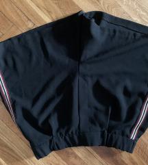Bershka kratke hlače