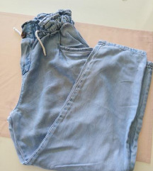 Zara traperice mekani jeans