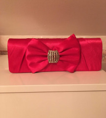 Ružičasta torbica