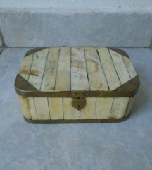 Vintage kutija kost
