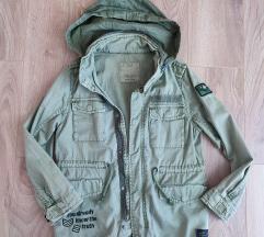 Lagana jakna iz Zare