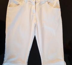 Bijele 3/4 hlače 36