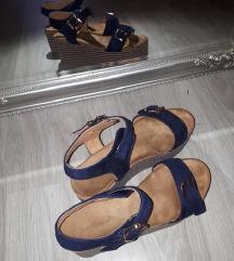 Nove mornarsko plave sandale %40 kn%