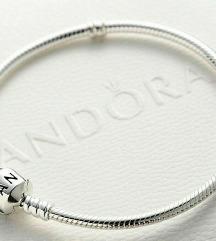 Pandora narukvica nova