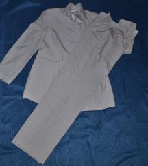 Fino zensko odijelo
