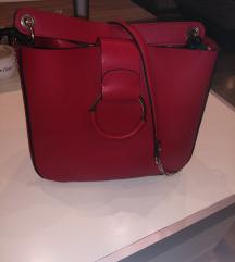 Zarina crvena torbica
