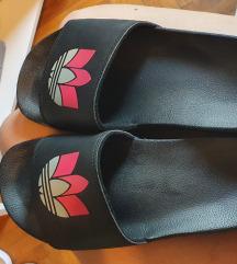 Adidas natikace