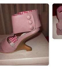 Irregular choice neobične roze sandale, mali 37