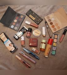 Veliki lot kozmetike
