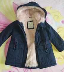 Zara jakna s krznom iznutra veličina 5