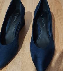 Cipele na petu Esprit