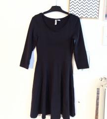 H&M mala crna skater haljina (XS)