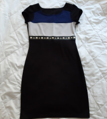 Crna haljina s aplikacijama