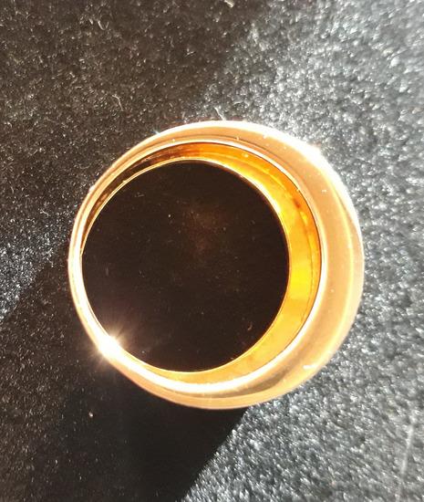 Masivni zlatni prsten