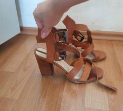 Zara kožne sandale SNIŽENO