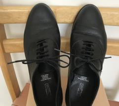 Crne kožne ravne cipele