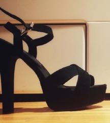 Sandale na petu s platformom