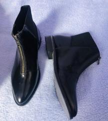 Asos crne kožne lakirane čizme zip 37