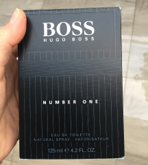 Hugo boss Number one parfem muški!