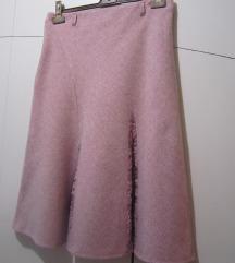 Vunena roza suknja s čipkom
