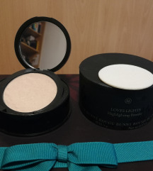 Rouge Bunny Rouge highlighting puder