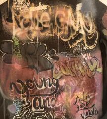 ZARA S zelena Parka s grafitima