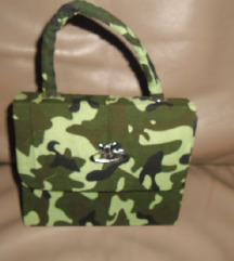 Maskirna torbica,nova