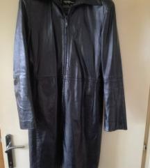 SADA 200 kn Vintage crna kožna dugačka jakna
