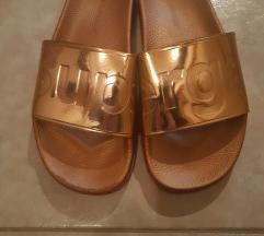 Zlatne Superga natikače (jednom nošene)!
