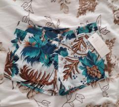 Šarene kratke hlače