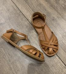 Zara kožne sandale*18cm