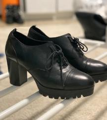 Cipele na petu  Bata 38