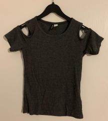 H&M siva majica kratkih rukava s izrezima