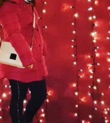 Zimska jakna bordo boje