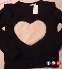 Nova crna majica s plisanim srcem S/M