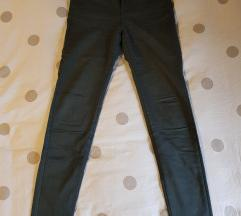 Tamno zelene hlače