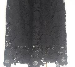 Cipkana crna suknja