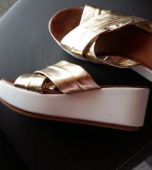 Zlatne sandale natikače inuovo