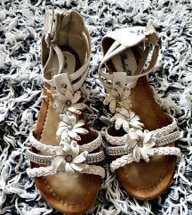 sandale 39 nove