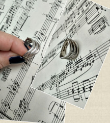 Vintage prsten apstraktnog dizajna, srebro
