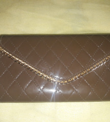 Nova smeđa torbica